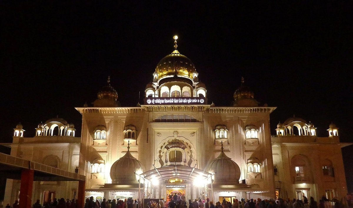 nishan sahib with Gurdwara Sri Bangla Sahib on 16664408 furthermore Gurdwara sri bangla sahib also Schedule as well Introduction To Sikhismkhalsa Saint Soldier also The Golden Temple Amritsar Also Known.